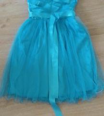 Prelepa haljinica sa tilom