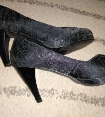 Zenske crne cipele