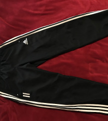 Adidas donji deo trenerke muski KAO NOV