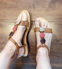Sandale braon sa detaljima, H&M, kao nove