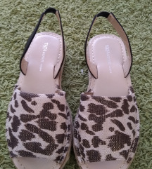 Sandale - savrsene 😍 SNIZENE na 1500