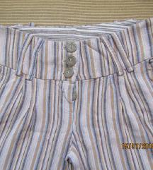 Prugaste lanene pantalone