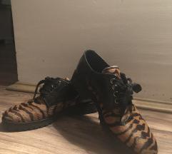 Elegantne cipele leopard print