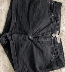 Crni duboki šorts