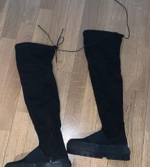 Crne cizme preko kolena
