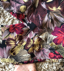 Floral svilene pantalone👗