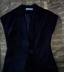 Elegantan crni sako-prsluk