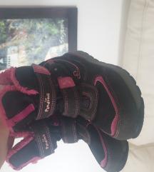 Čizme za devojcicu broj 28 samo 300