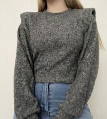 Bershka kraći džemper sa naramenicama