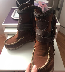 Braon cizme sa resama 36