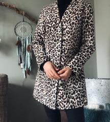H&M ekskluzivan mantil NOVO