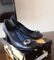 Kožne crne cipele, broj 37