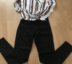 Košuljica i pantalone