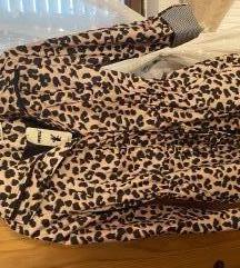 Nova jakna / mantil