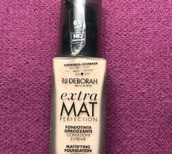 Nov Deborah Extra mat puder😻