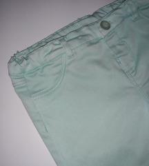 Pantalone mint boje