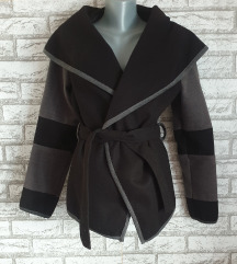 NOV Crno sivi kaput M/L