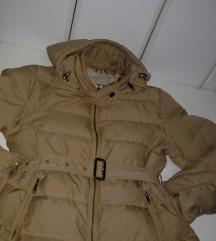 SnizenaBURBERRY LONDON %luksuzna perjana jakna