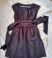 H&M brutalna crna haljina xs s