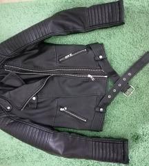 Crna kozna jakna SNIZENO, POSLEDNJA CENA+POKLON