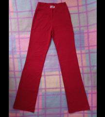 Nove crvene pantalone S