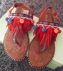Sandale poom poom
