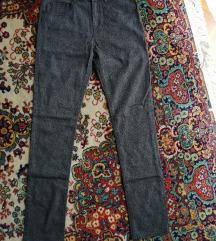 Hm pantalone nove