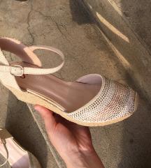 Platnene sandale Novo