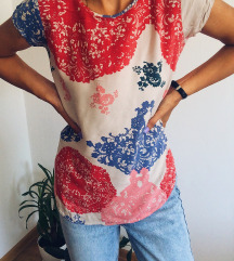 Šarena neobična majica