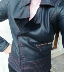 Mona teget kozna jakna 42⭐SNIZENA NA 9000din⭐