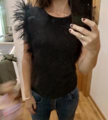 Majica perje oko ramena novo