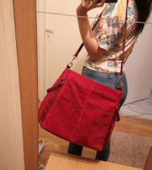 Crvena dublja torba, očuvano