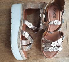 Italijanske kožne sandale 38