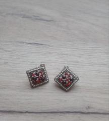 Mindjuse crveni kristali