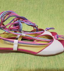 NOVE kozne sandale 38/25