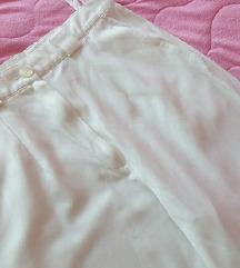 Pantalone bele NOVE