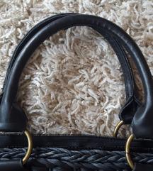 Crna pletena torbica
