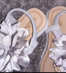 Cvetne sandale/japanke