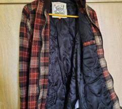 Potpuno nova vunena jakna/kaputić sa karo dezenom