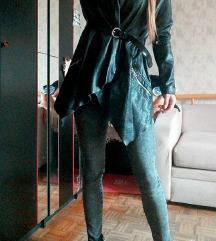 Crna jakna S / M