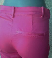 pantalone kapri broj 36 H&M