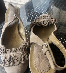 Kozne sandale 38 na stiklu