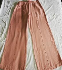 Novo! Pantalone + mindjuse na poklon