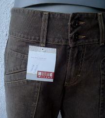 pantalone farmerke nove br S ili M MUSTANG