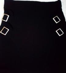 Crna strukirana suknja