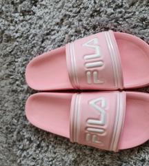 Fila papuce