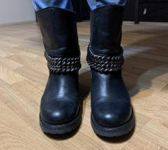 Crne kožne čizme COTTON