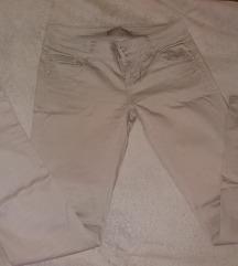 Krem pantalone