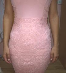 Roze haljina