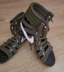 Original Nike Gladiator